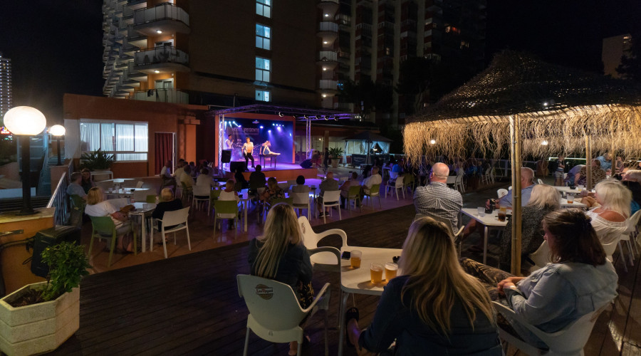 Entertainment regente hotel benidorm